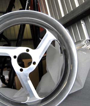 CSC's 3-spoke racing wheels