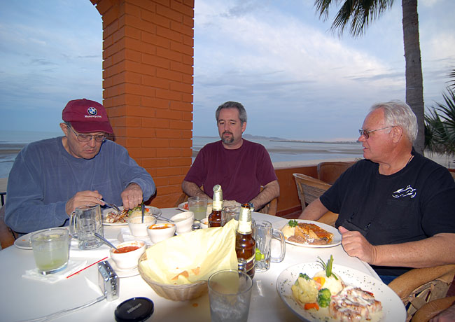 Holding court on the Sea of Cortez